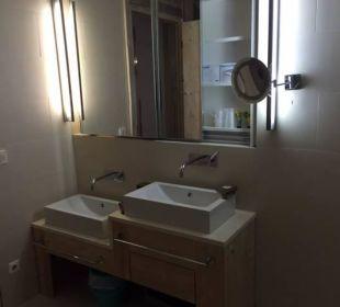 Kristall Suite Badezimmer Leading Family Hotel & Resort Alpenrose
