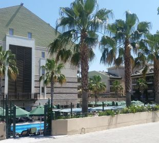 Hotelanlage von aussen Hotel Can Garden Resort