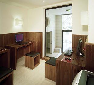 Internet Workstation K+K Hotel Maria Theresia