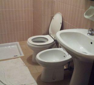 Nasszelle ohne Duschvorhang Hotel Bellavista