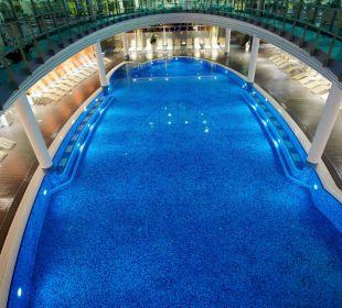 Wellness 25 m Pool Hotel centrovital