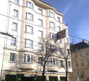 Front zur Wiedner Hauptstraße Hotel Erzherzog Rainer