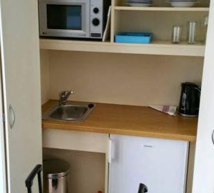 Die Küchenzeile mit Kühlschrank, Mikrowelle Hotel Luz Del Mar