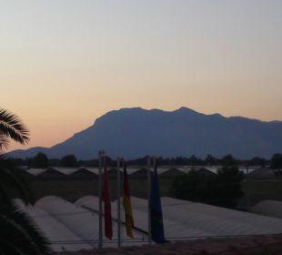 Sonnenuntergang vom Hoteldach Hotel Orkinos