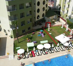 Вид из номера Hotel Krizantem