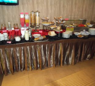 Buffet Hotel Ramada Katunayake Colombo International Airport