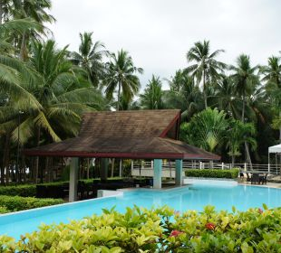 Pool Henann Resort