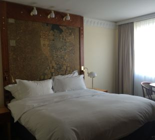 A decent size bed Hotel Am Konzerthaus - MGallery collection