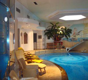 Piscina del centro benessere Leading Relax Hotel Maria