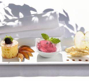 Köstliche Desserts runden das perfekte Menü ab Die Gams Hotel - Resort
