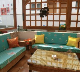 Auch im Leseraum kann man sich wohlfühlen Suitehotel Monte Marina Playa