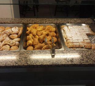 Aug 16 - Frühstücksbuffet Hotel Elea Beach