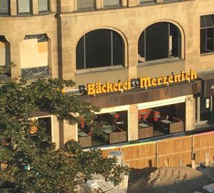 Bäckerei direkt am Hotel Dorint Hotel am Heumarkt Köln