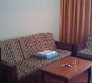 Couch im Wohnbereich Hotel Dorotea