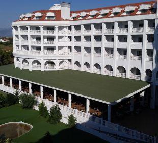 Blick zum Golf und Restaurant Hotel Defne Defnem