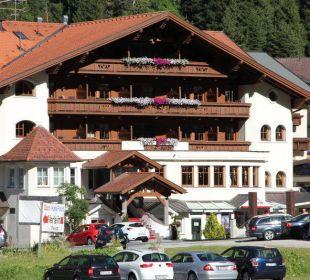 Außenansicht Hotel Mittagskogel Sportiv-Hotel Mittagskogel