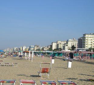 Strand (2 Liegen im Preis dabei)