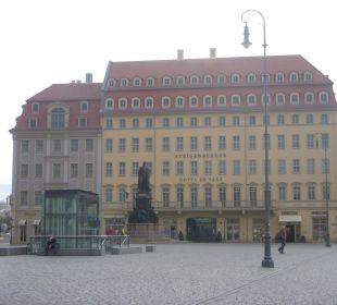 Frontansicht Hotel Steigenberger Hotel de Saxe