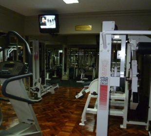 Fitnesscenter mit vielen Geräten Hotel Southern Sun Mayfair