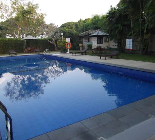 Pool Hotel Ramada Katunayake Colombo International Airport