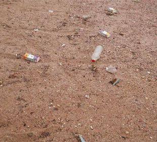 Müll Hotel Le Pacha Beach Resort
