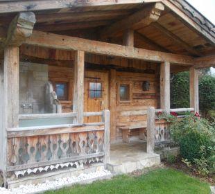 Saunablockhütte im Garten Alpines Lifestyle Hotel Tannenhof