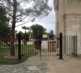 Eungang zum Pools Hotel Colosseo Europa-Park