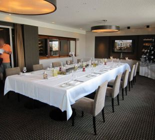Christmas dinner setting in July Hotel Am Parkring