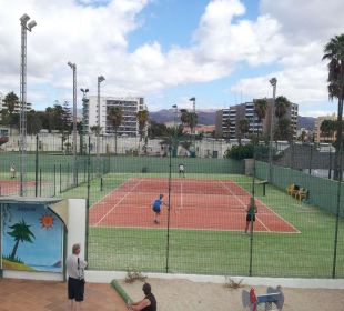 Tenis Apartments and Bungalows Sol Barbacan