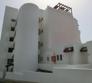 Von oberhalb d. Str. gesehen Suitehotel Monte Marina Playa