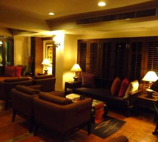 Gemütliche Sitzgruppen im Foyer Hotel Siam Heritage
