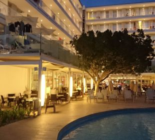Abendbeleuchtung bis 22.00 Uhr JS Hotel Sol de Alcudia