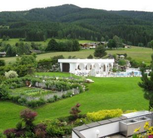 Blick in den Garten Hotel Krallerhof