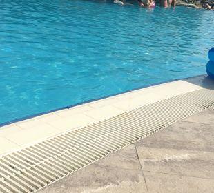 Pool Hotel Side Sun