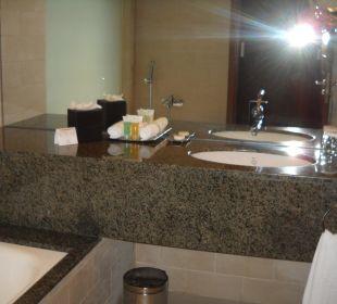 Zimmer Bad-Pflegeprodukte Hotel Grand Millennium Al Wahda Abu Dhabi