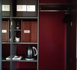 Zimmer - Schrank Best Western HOTELBERN