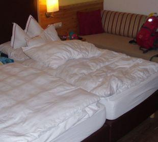 Die Betten im Komfortzimmer 202 Hotel Trattlerhof