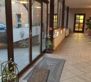 Eingangsbereich Hotel Wyndham Garden Quedlinburg Stadtschloss