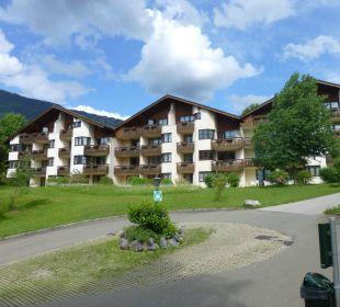 Die Häuser sind im Rund angeordnet Dorint Sporthotel Garmisch-Partenkirchen