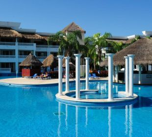 Pool Grand Riviera Princess All Suites & Spa Resort