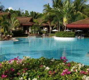 Blick auf Pool Henann Resort