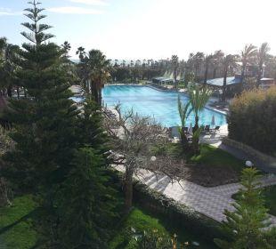 Gartenanlage mit Hauptpool Hotel Concorde De Luxe Resort