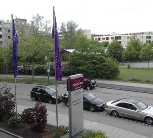 Ausblick zur Straße im Einzelzimmer Hotel Mercure München Neuperlach Süd