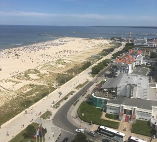 Ausblick auf der Mole-Seite aus der 18.Etage Hotel Neptun
