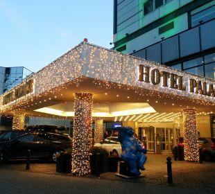 Einfahrt inkl. Valet-Parking-Service Hotel Palace Berlin