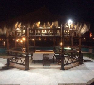 Rewelacyjne miejsce na rodzinne wieczory Jungle Aqua Park