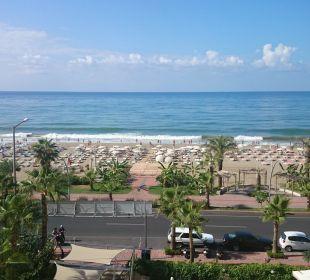Ausblick aus unserem Hotelzimmer Hotel Krizantem