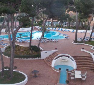 Von unserem Balkon im zweiten Stock Hotel & Spa S'Entrador Playa