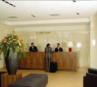 Rezeption und Eingangsbereich Relexa Hotel Ratingen City