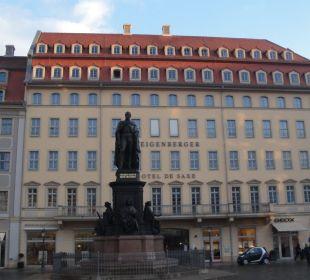 Das Hotel von vorne Steigenberger Hotel de Saxe